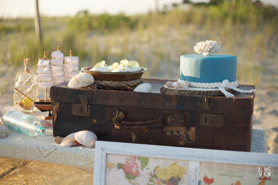 mini wedding cakes shipped longing a seaside elopement shoot live view studios 17430