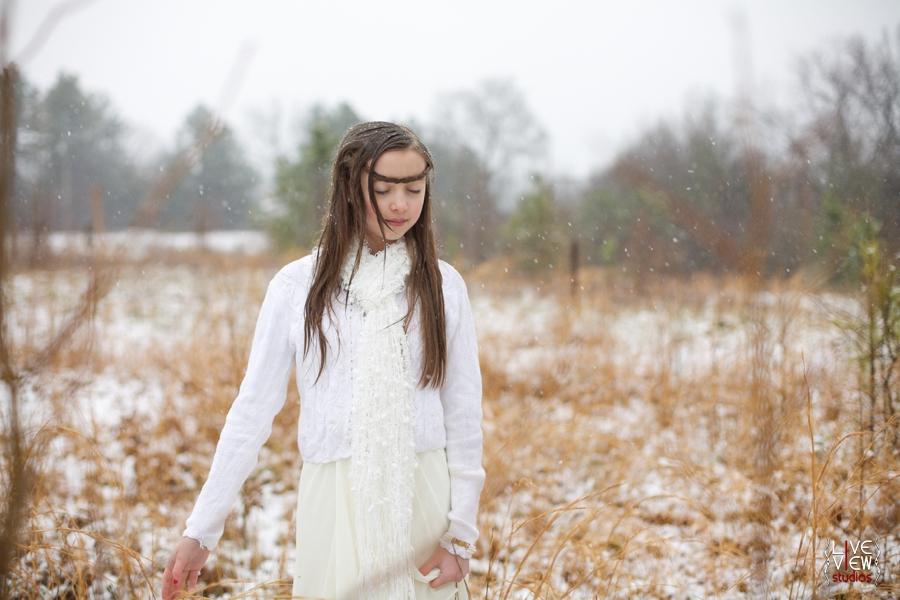 children's outdoor winter portraits, whimsical modern vintage children's portrait photography