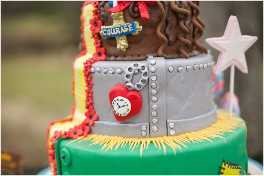 edible art's wizard of oz inspired wedding cake, eclectic wedding photography