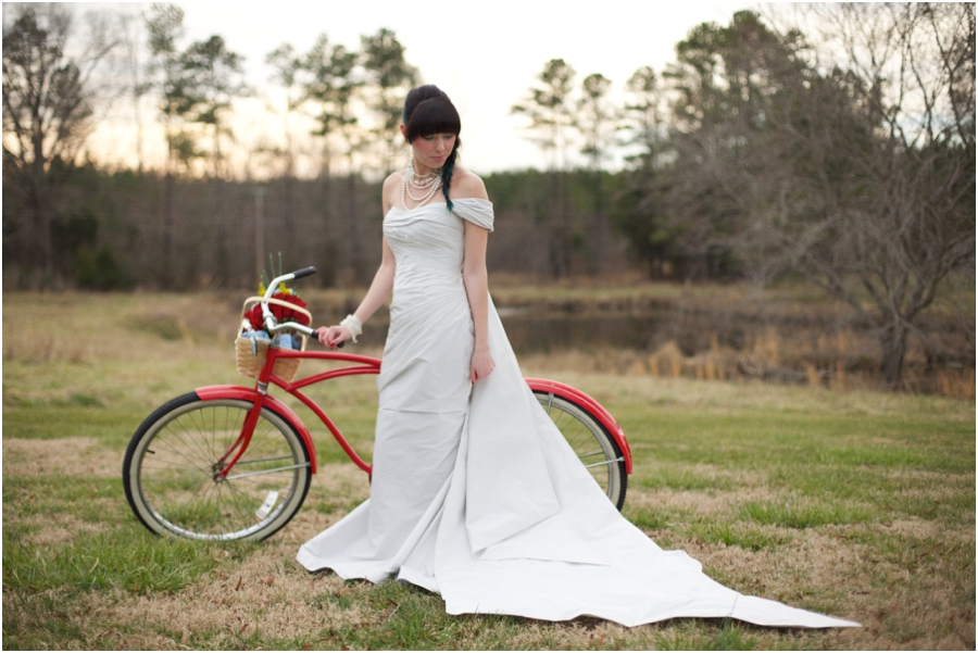 bright bridal colors, vintage inspired bridal portraits