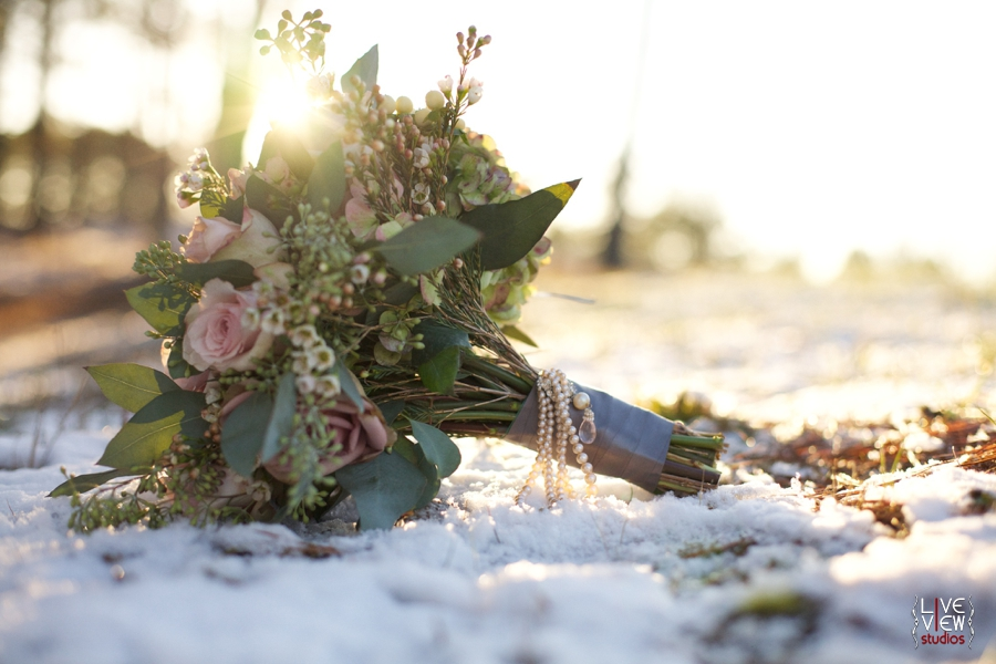 beautiful bridal bouquet, southern winter wedding photography