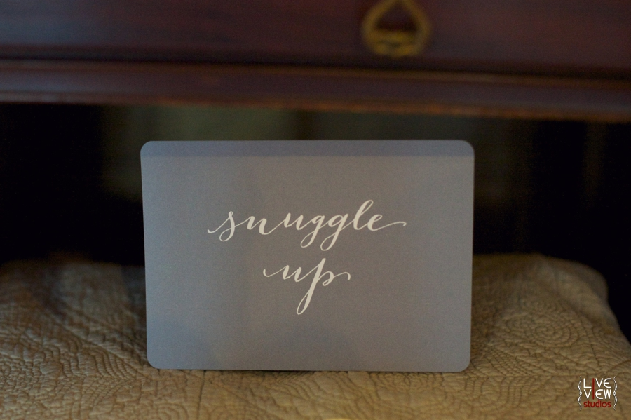 winter wedding receptions ideas, blankets for guests snuggle under