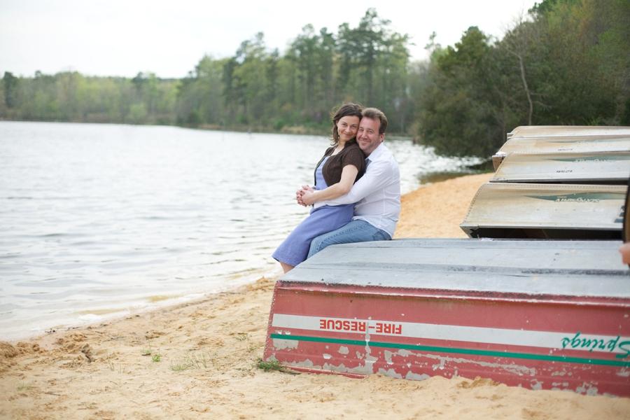 lakeside engagement photography