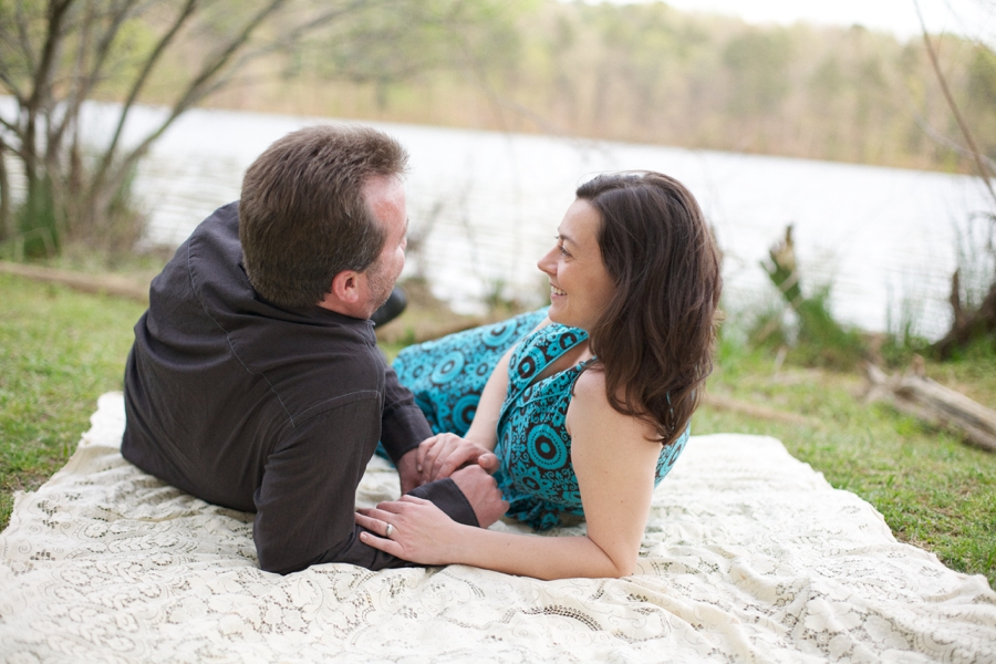 romantic waterfront picnic, intimate engagement photography