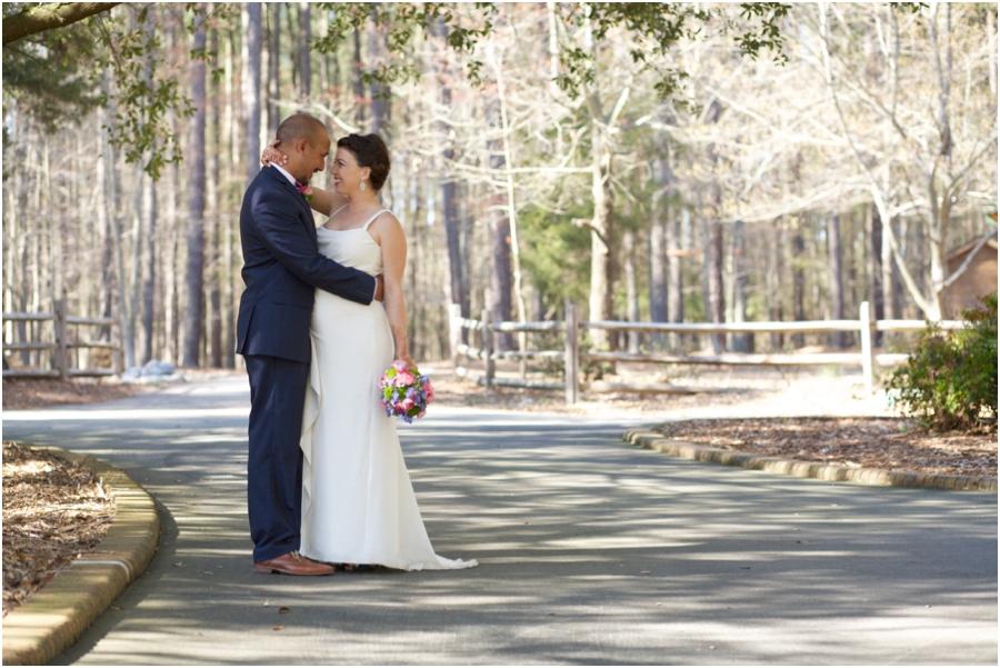 garden wedding photography, rustic wedding photographers