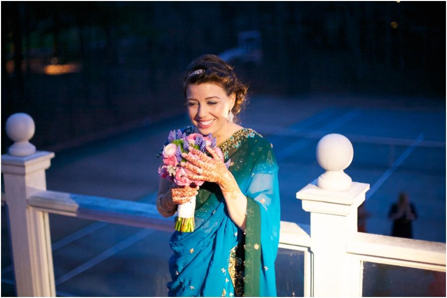 bouquet toss, southern backyard wedding photography