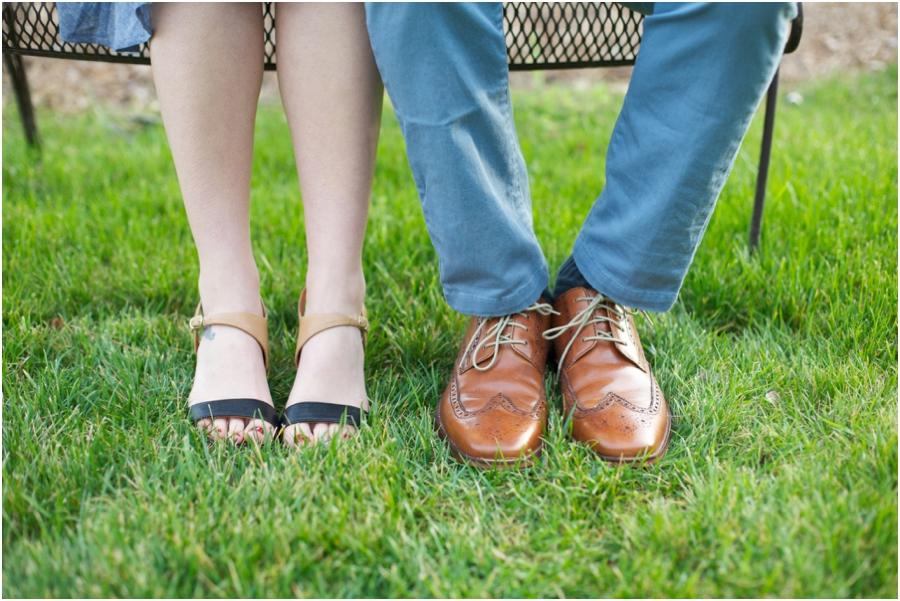 unique engagement portraits, cute poses for couples