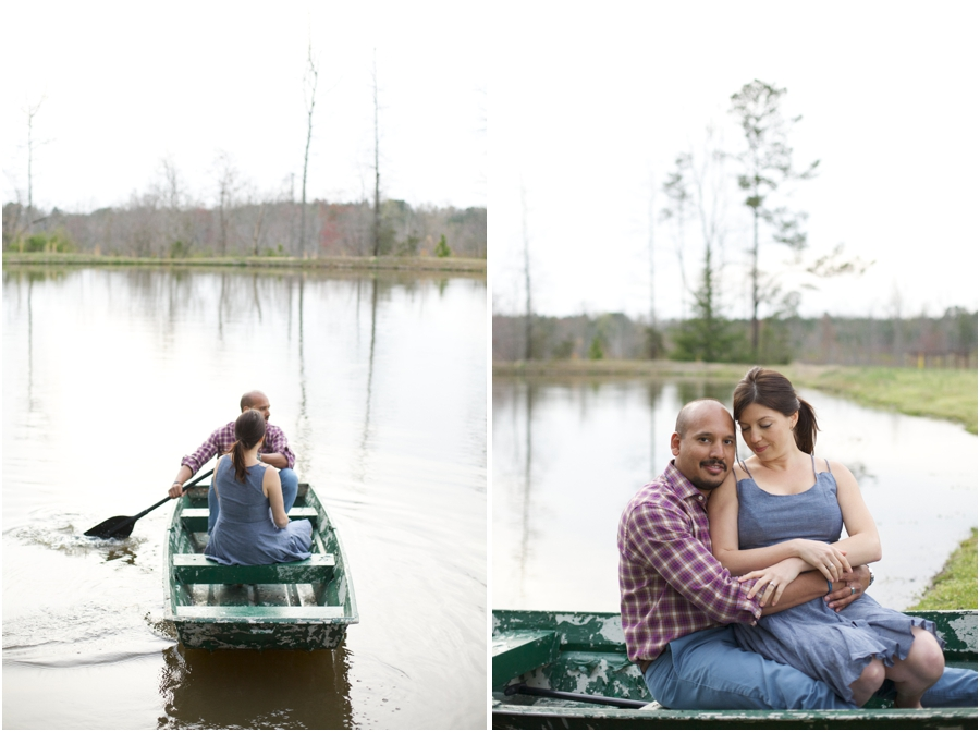 lake engagement photography, romantic couple's portraits