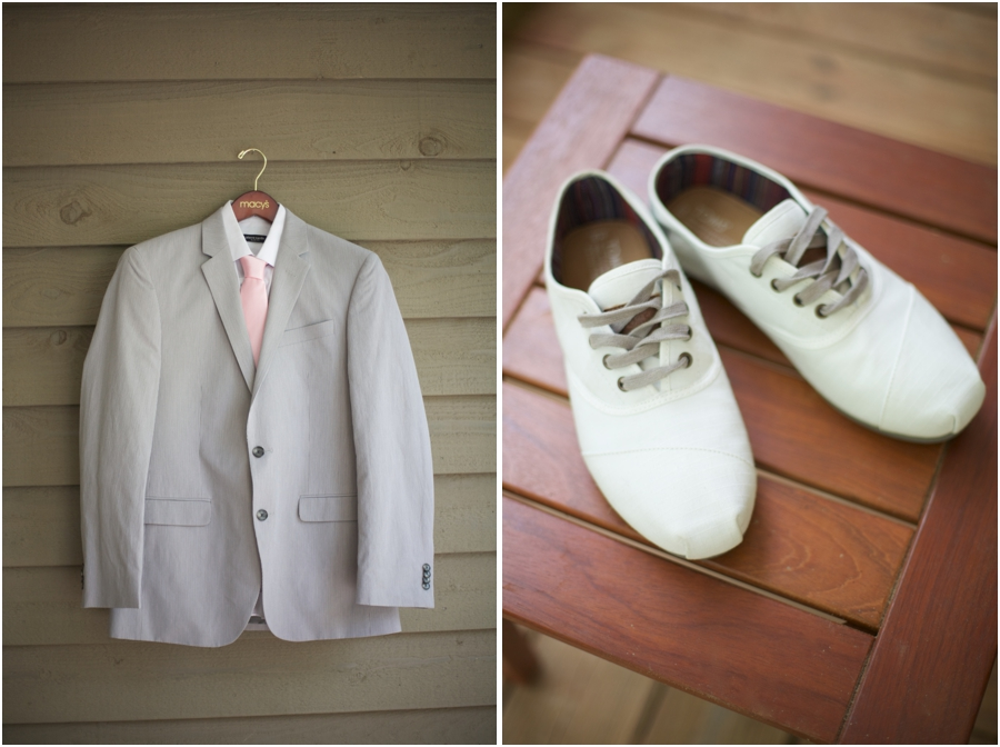 macy's groomswear, light grey suit with light pink tie, southern wedding photographers