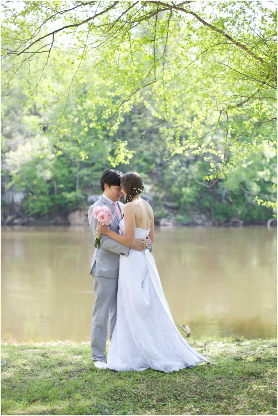 romantic wedding portrait photography, spring wedding photographers