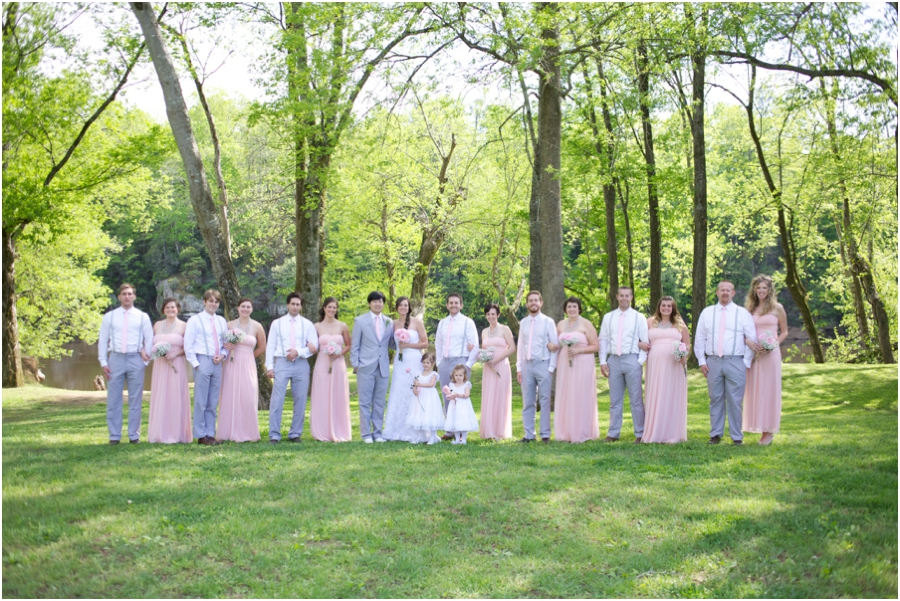 wedding party portrait poses, spring wedding photography