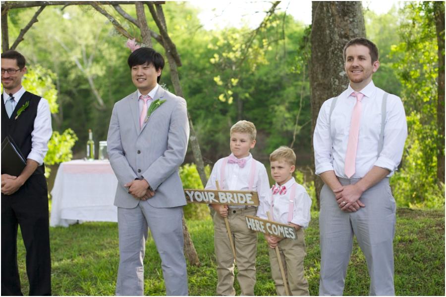 woodsy wedding photography, rustic wedding photographers