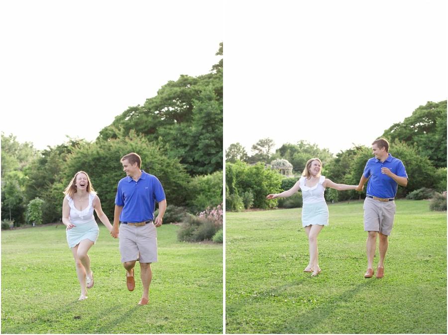 fun engagement photography, cute engagement portrait poses