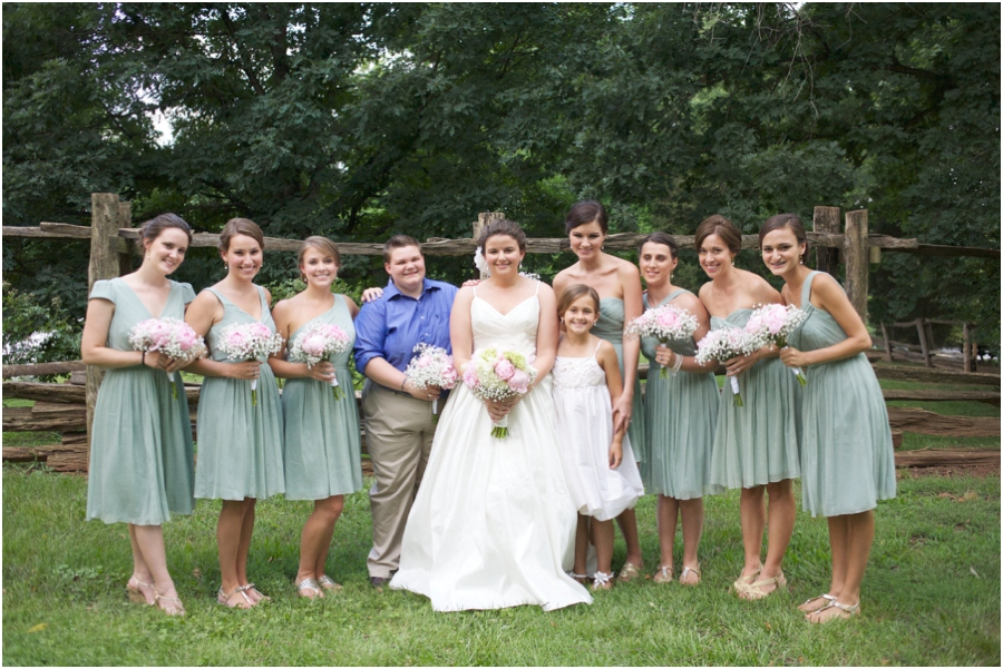 southern wedding color schemes, light green, cream, and light pink, southern weddings
