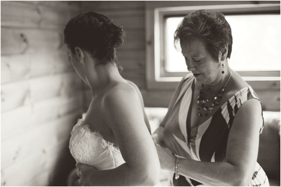 bride getting ready, rustic wedding photographer, raleigh nc