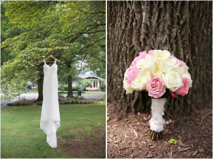 wedding dress by A Carolina Wedding, beautiful southern bridal bouquets