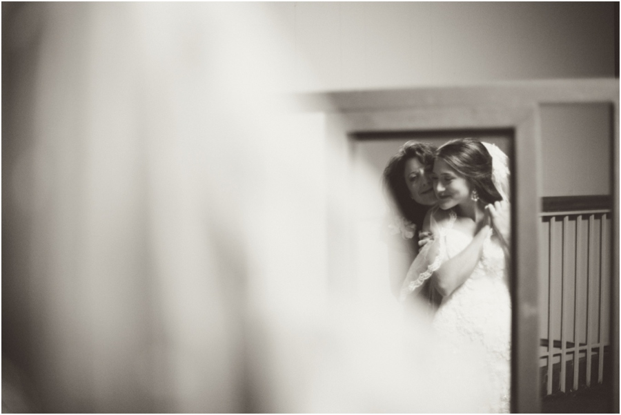mother and daughter embrace before wedding, vintage wedding photographers, raleigh nc