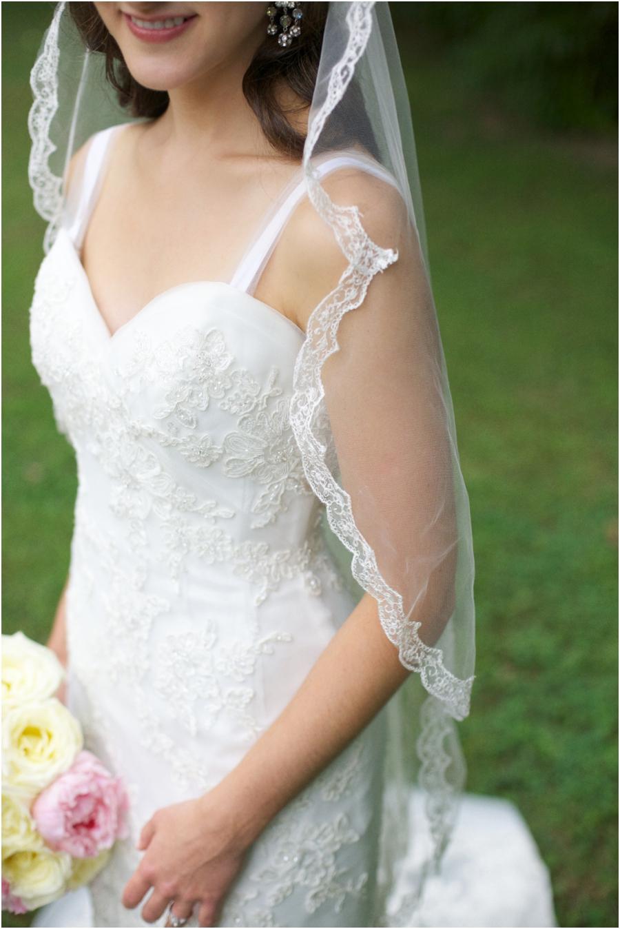 bride with long veil, vintage wedding photographers