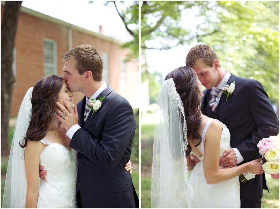 intimate wedding photography, romantic wedding portrait poses, southern wedding photographer