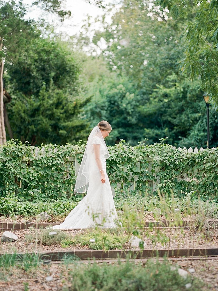 raleigh-fine-art-bridal-portraits_0014