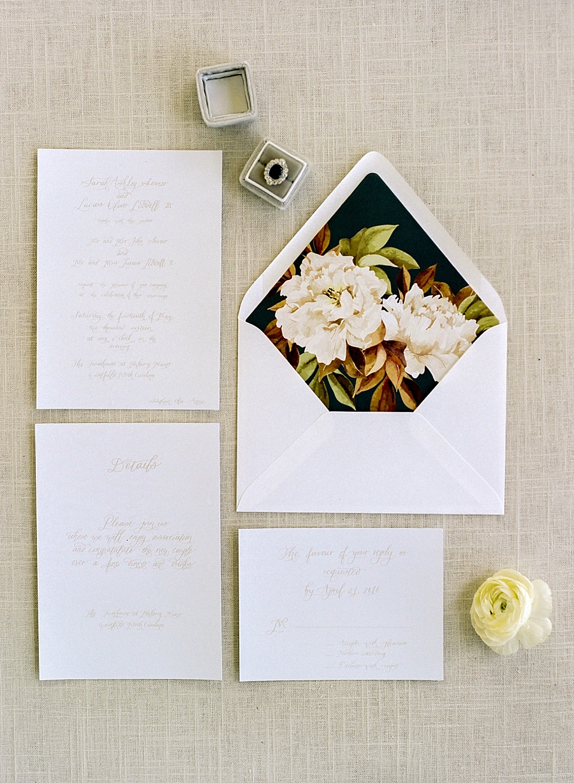 fine-art-farmhouse-wedding-inspiration-portraits_0001
