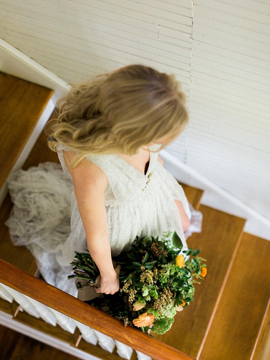 fine-art-farmhouse-wedding-inspiration-portraits_0021