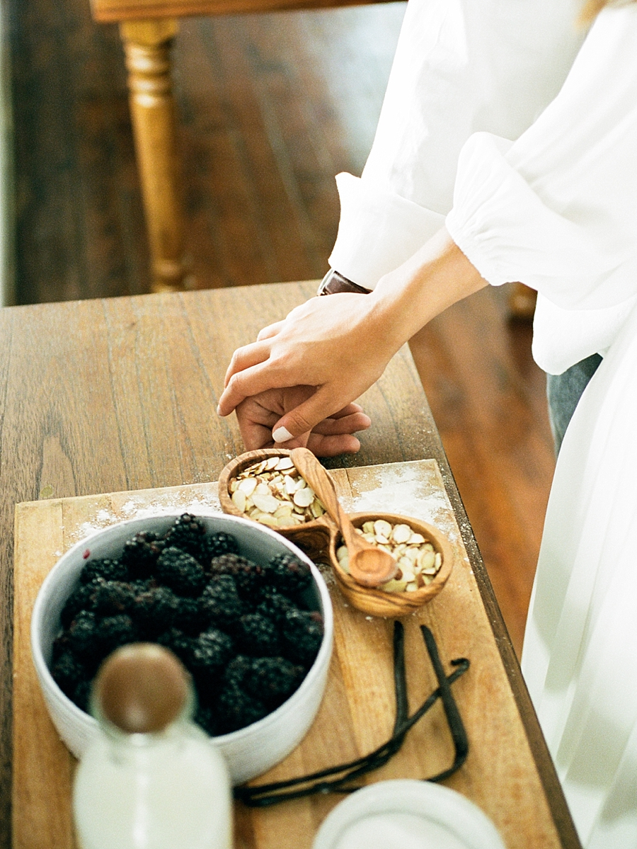 french-elopement-intimate-home-recption-dinner_0029