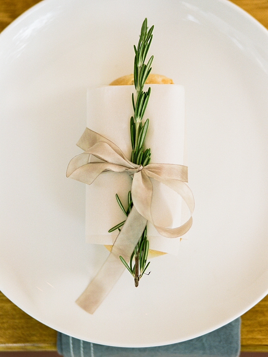 french-elopement-intimate-home-recption-dinner_0046