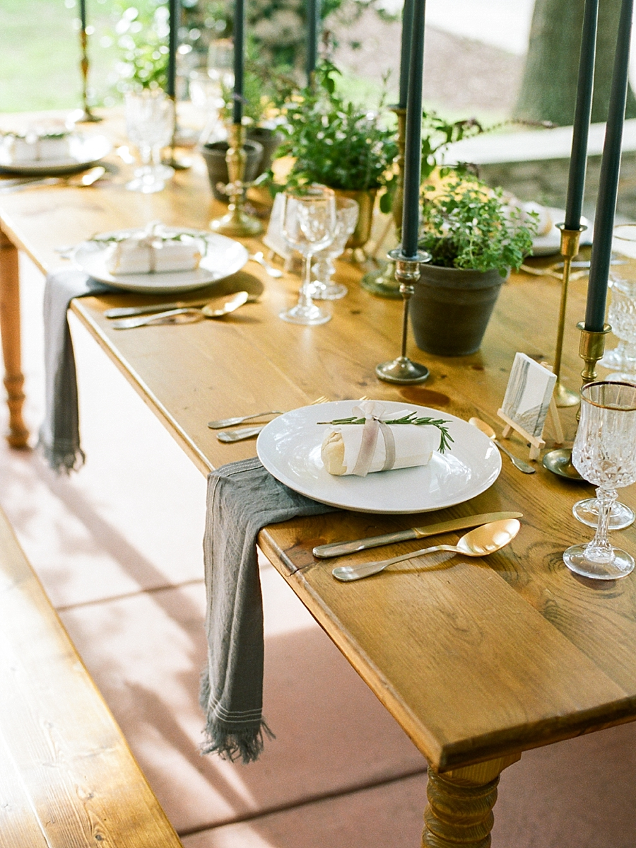 french-elopement-intimate-home-recption-dinner_0053