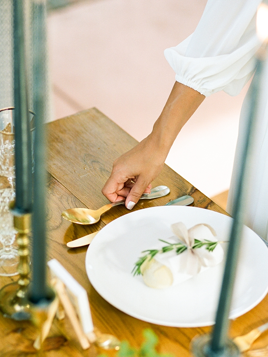 french-elopement-intimate-home-recption-dinner_0058